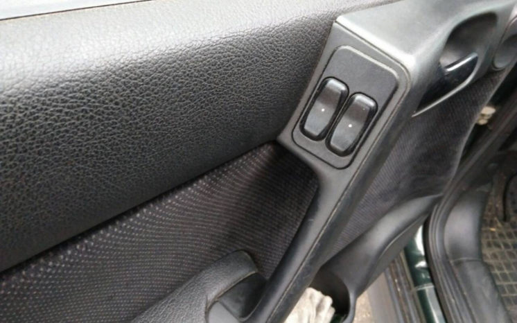 Opel Astra 2000 полный